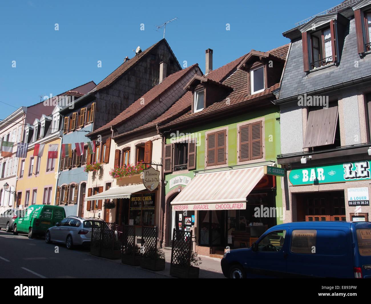 Rue Mal de Lattre de Tassigny n° 124 Salon de l'& Pâtissier Baradel Photo Stock