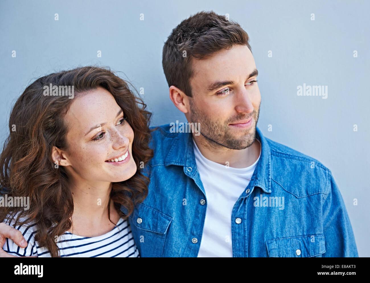 Close up of couple côte à côte Photo Stock