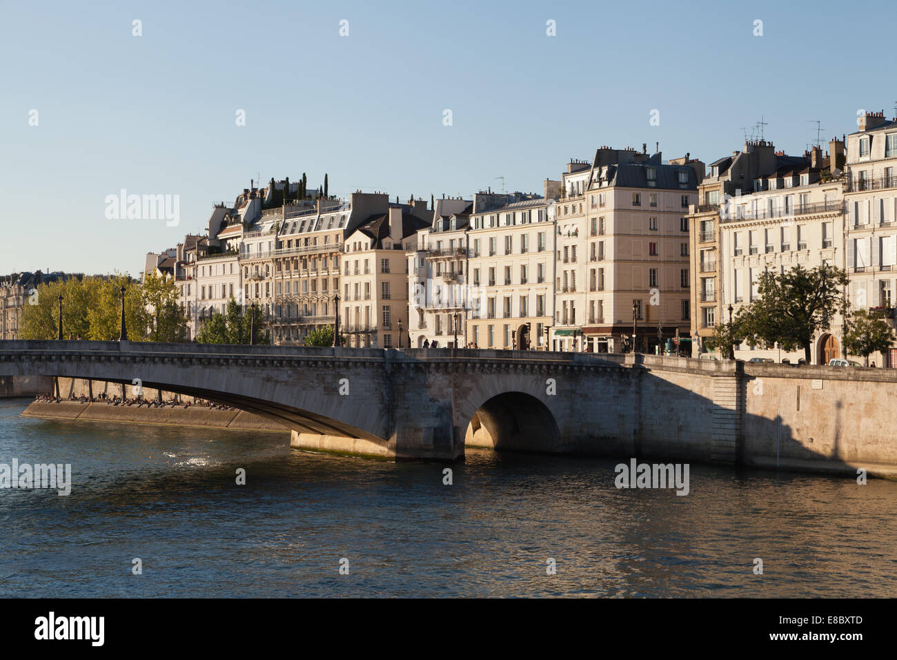 Le Pont De La Tournelle Paris France Banque D Images