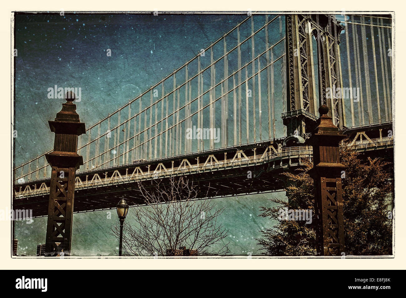 USA, New York City, Lower East Side, View of Manhattan Bridge Photo Stock