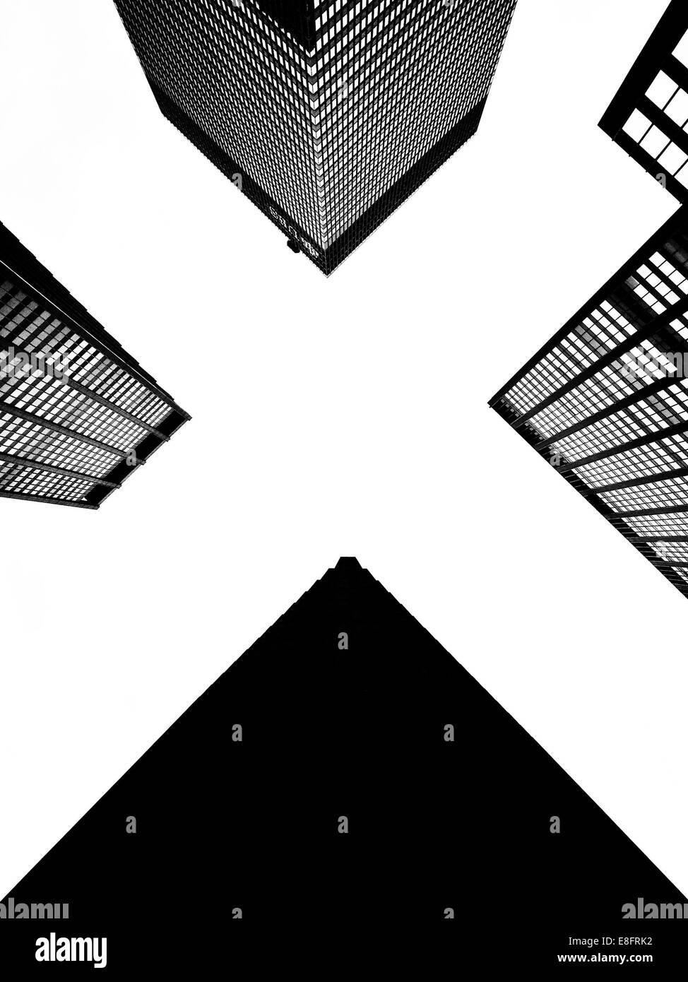 USA, l'État de New York, New York City, à la recherche jusqu'au bureau gratte-ciel Photo Stock