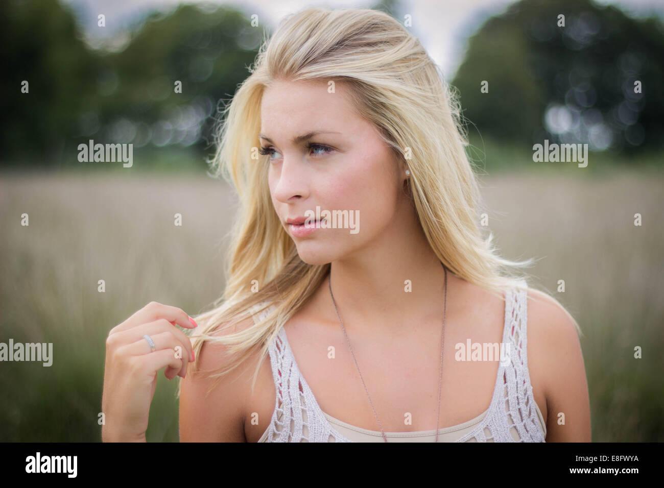 Pays-bas, Portrait of blond adolescent (14-15) Photo Stock