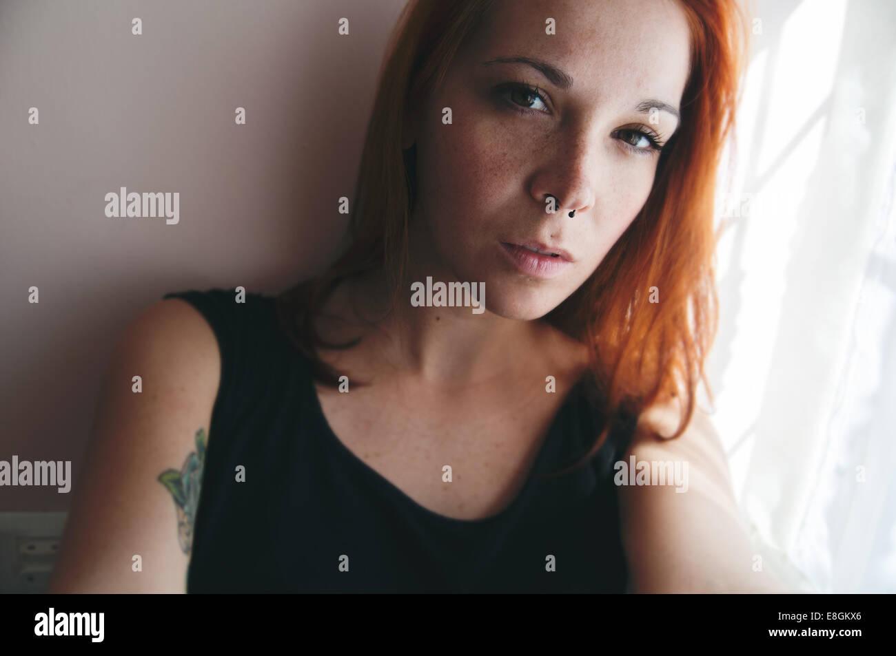 Jeune femme de selfies Photo Stock