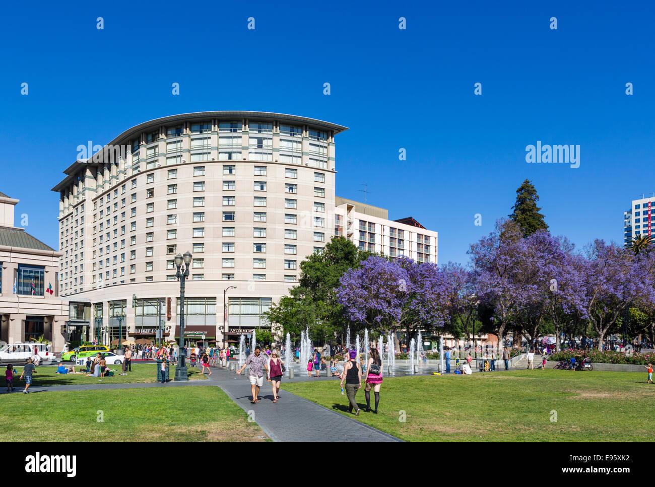 Plaza de Cesar Chavez dans le centre-ville de San Jose, le comté de Santa Clara, Californie, USA Photo Stock