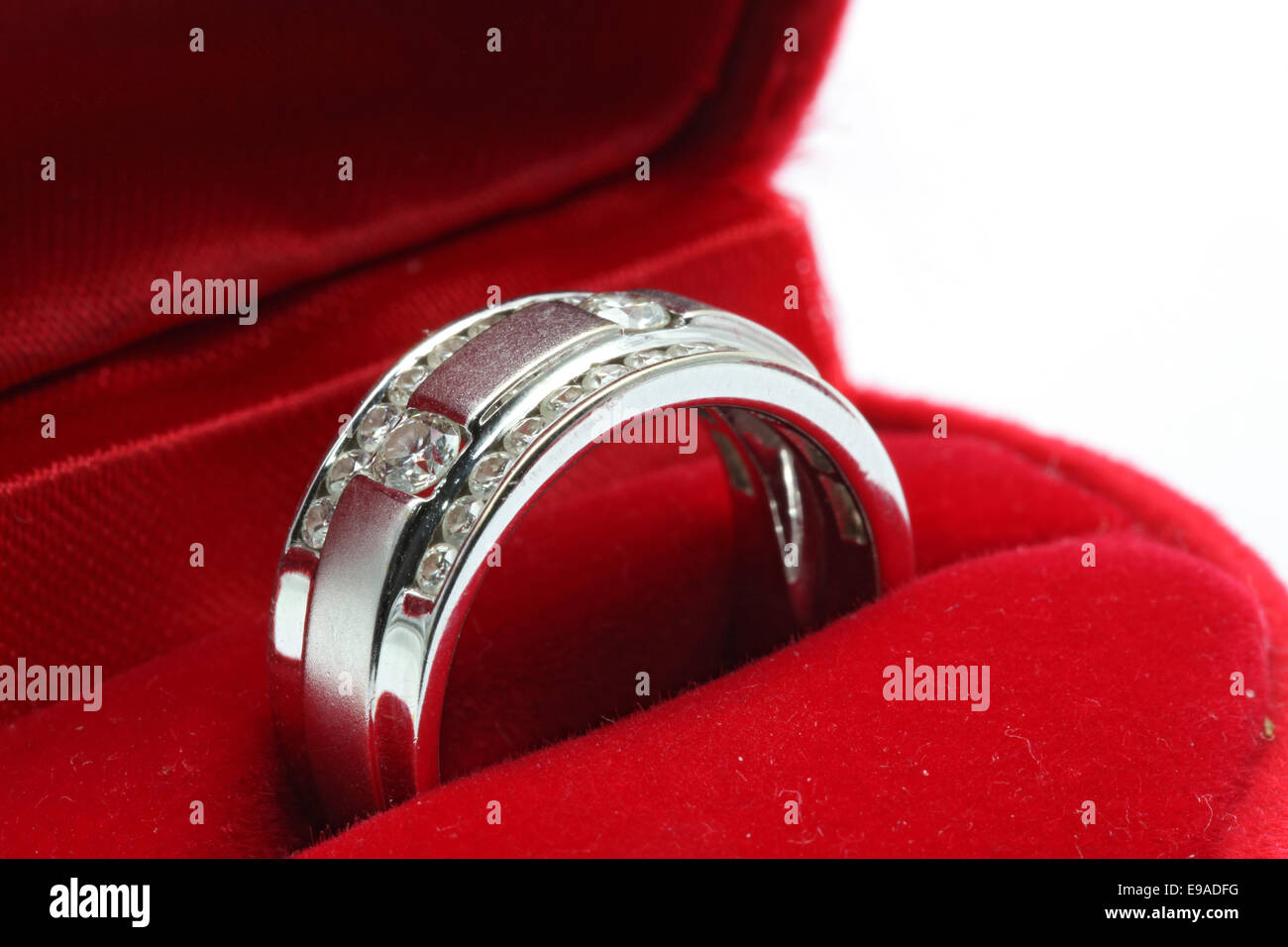 boite bague diamant