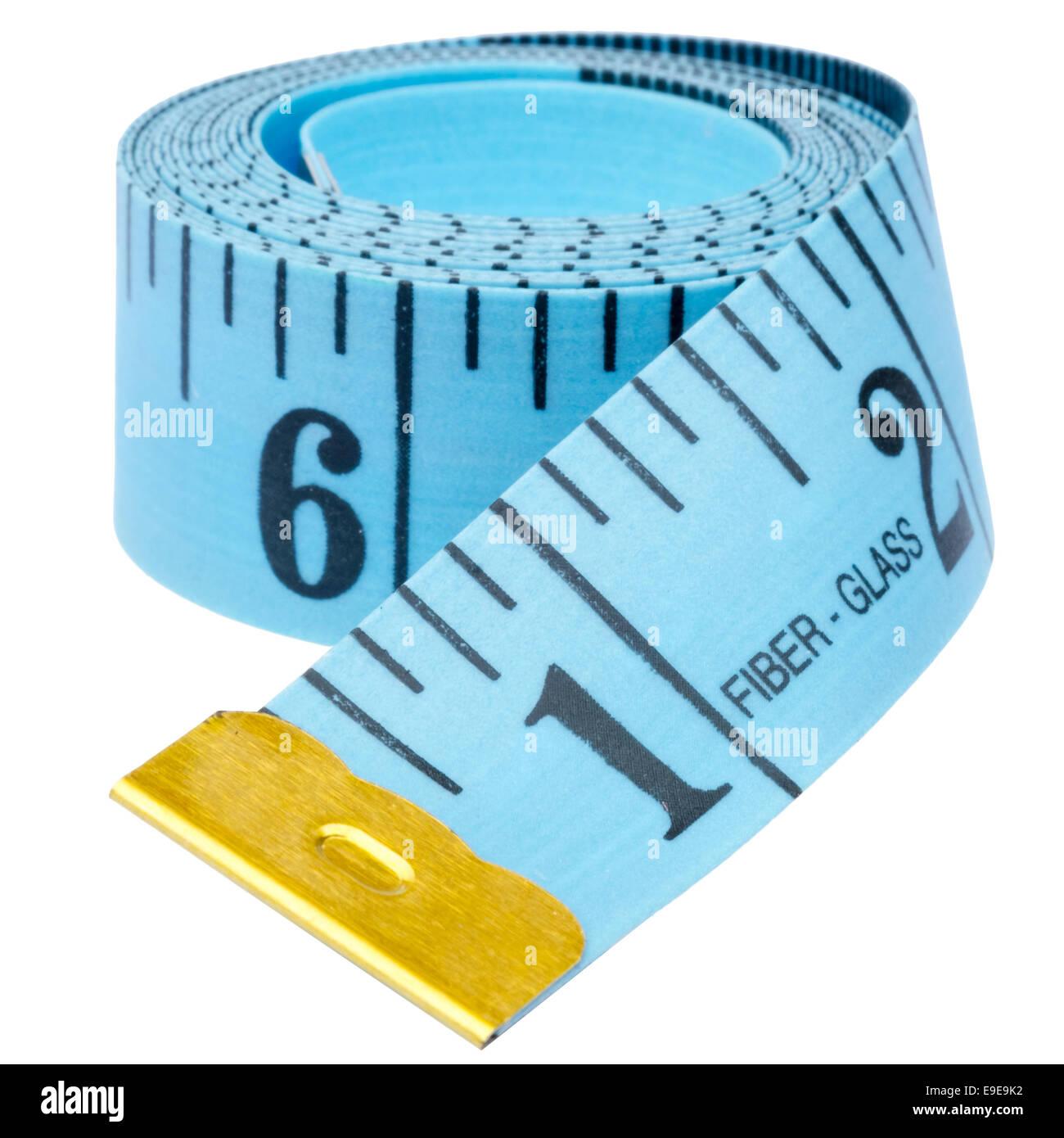 Tailleurs impériale ruban à mesurer, découper ou isolé sur un fond blanc. Photo Stock