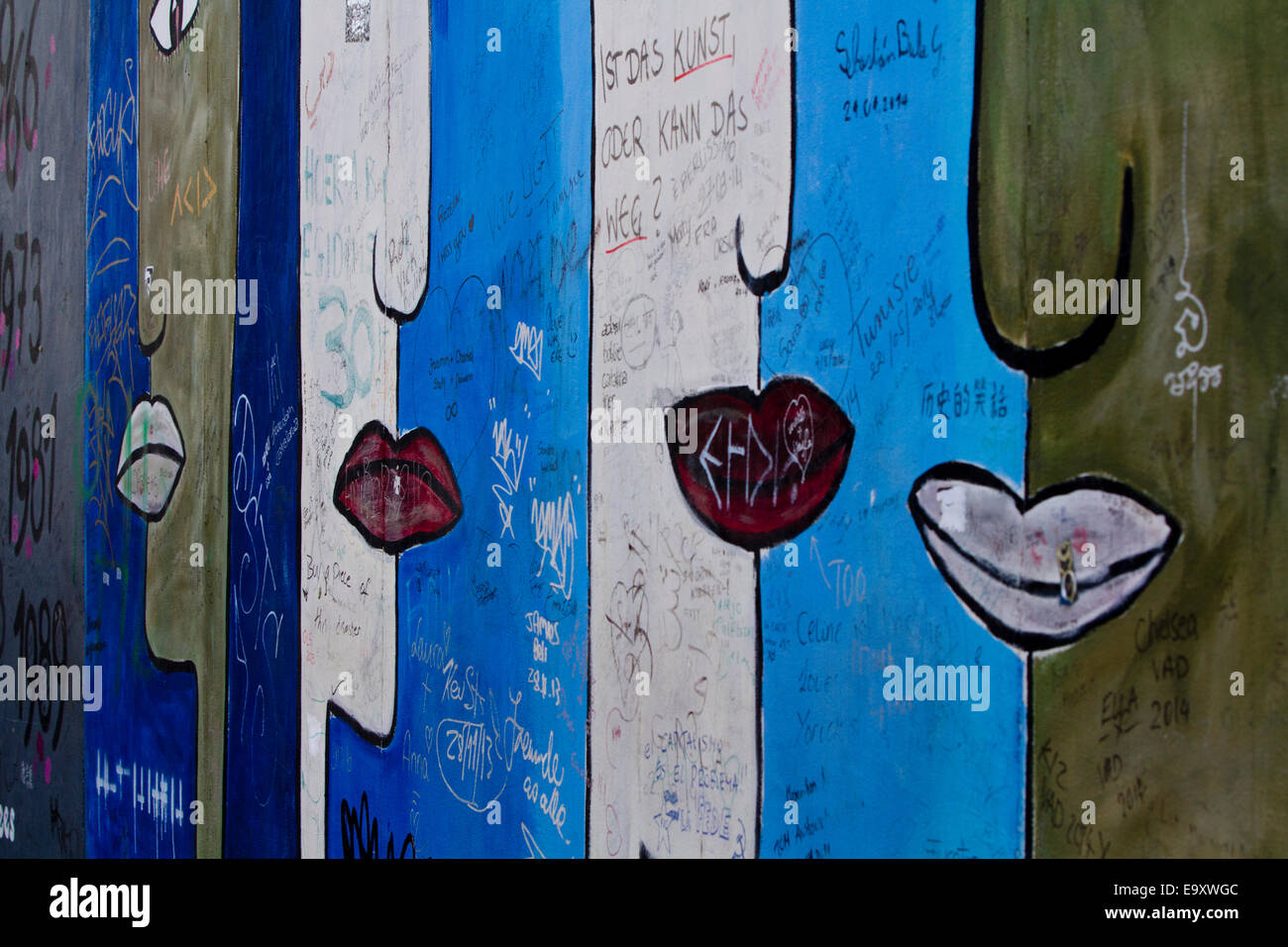 Cartoon bouche Lèvres urbaines Graffiti Mur de Berlin Photo Stock