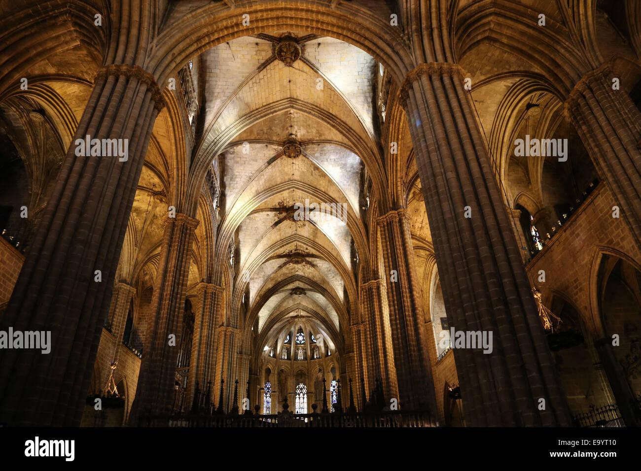 L'Espagne. La Catalogne. La Cathédrale de Barcelone. À l'intérieur. 13e siècle. Banque D'Images