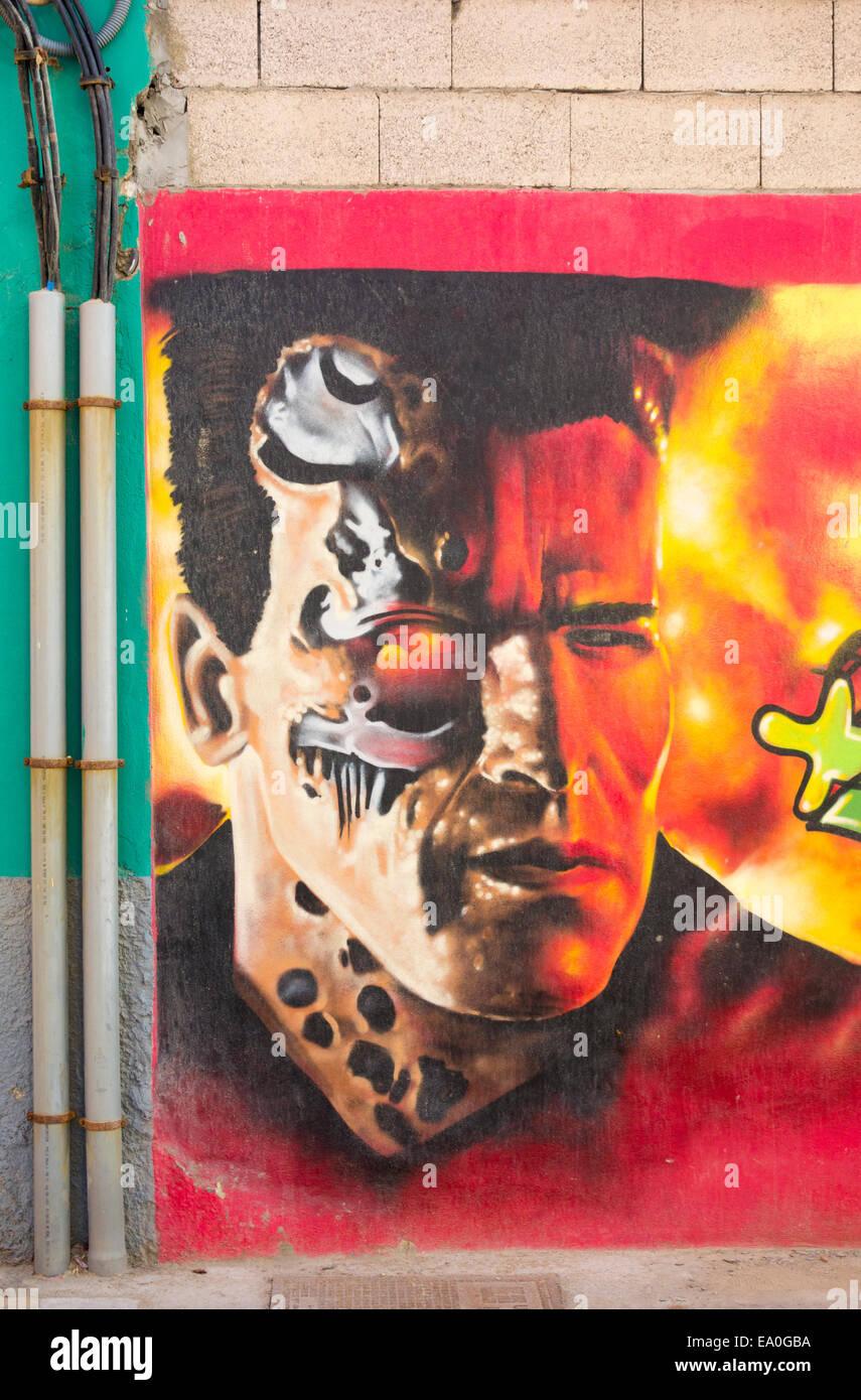 Arnold Schwarzenegger Terminator graffiti sur mur en Espagne Photo Stock