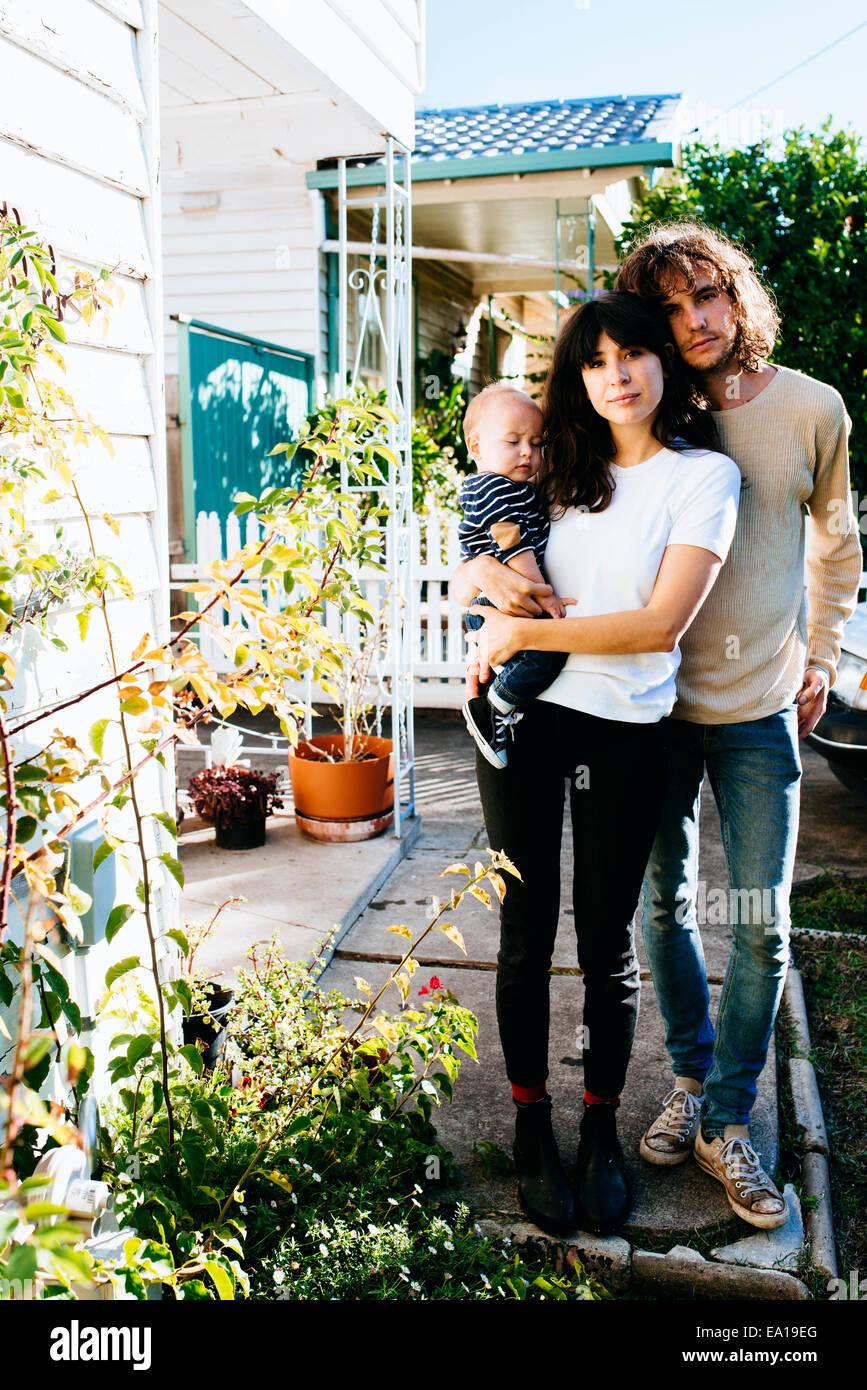 Maison de famille à l'avant Photo Stock