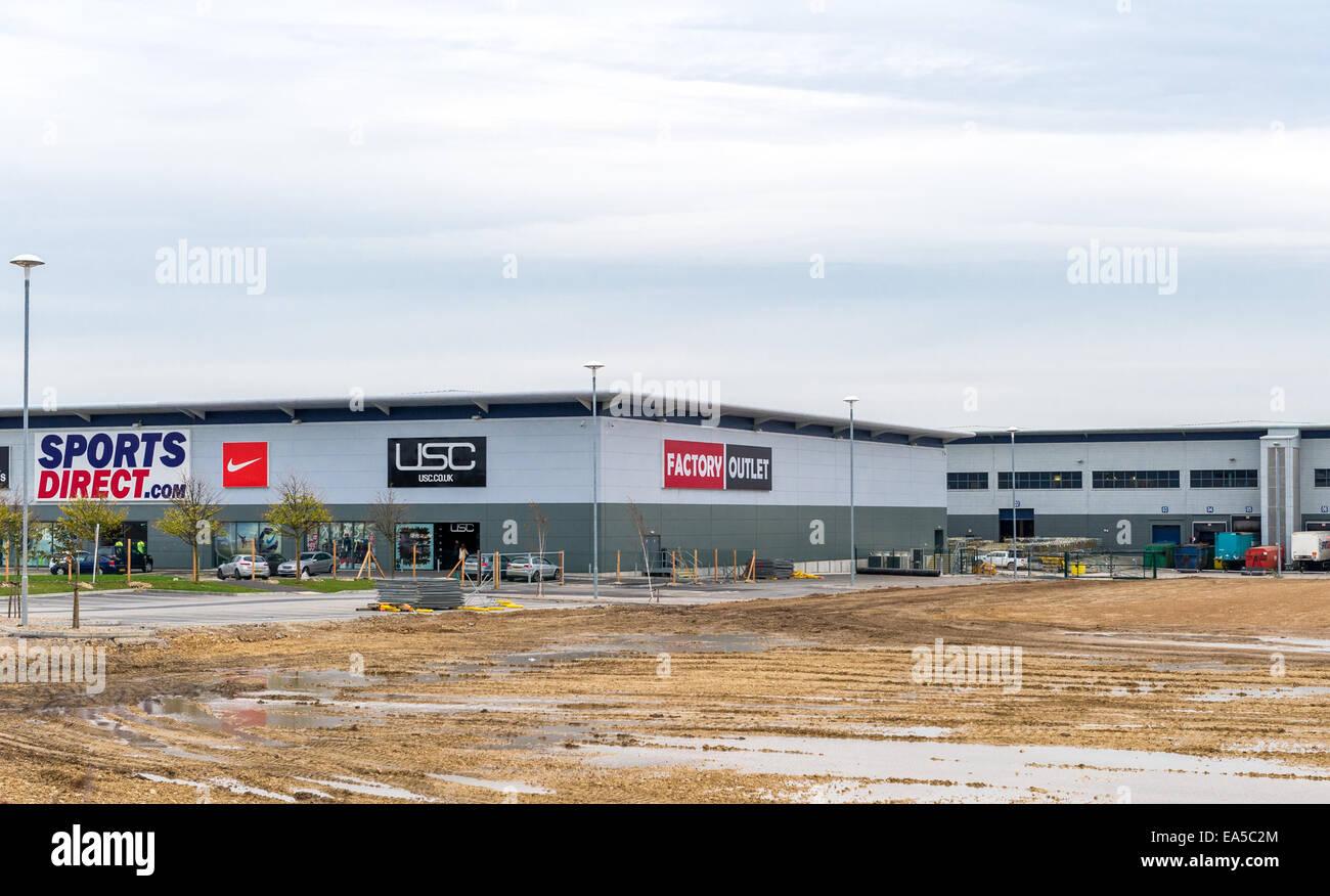 Sports Direct entrepôt de distribution principal et de sortie d'atelier à Shirebrook, Derbyshire, Photo Stock