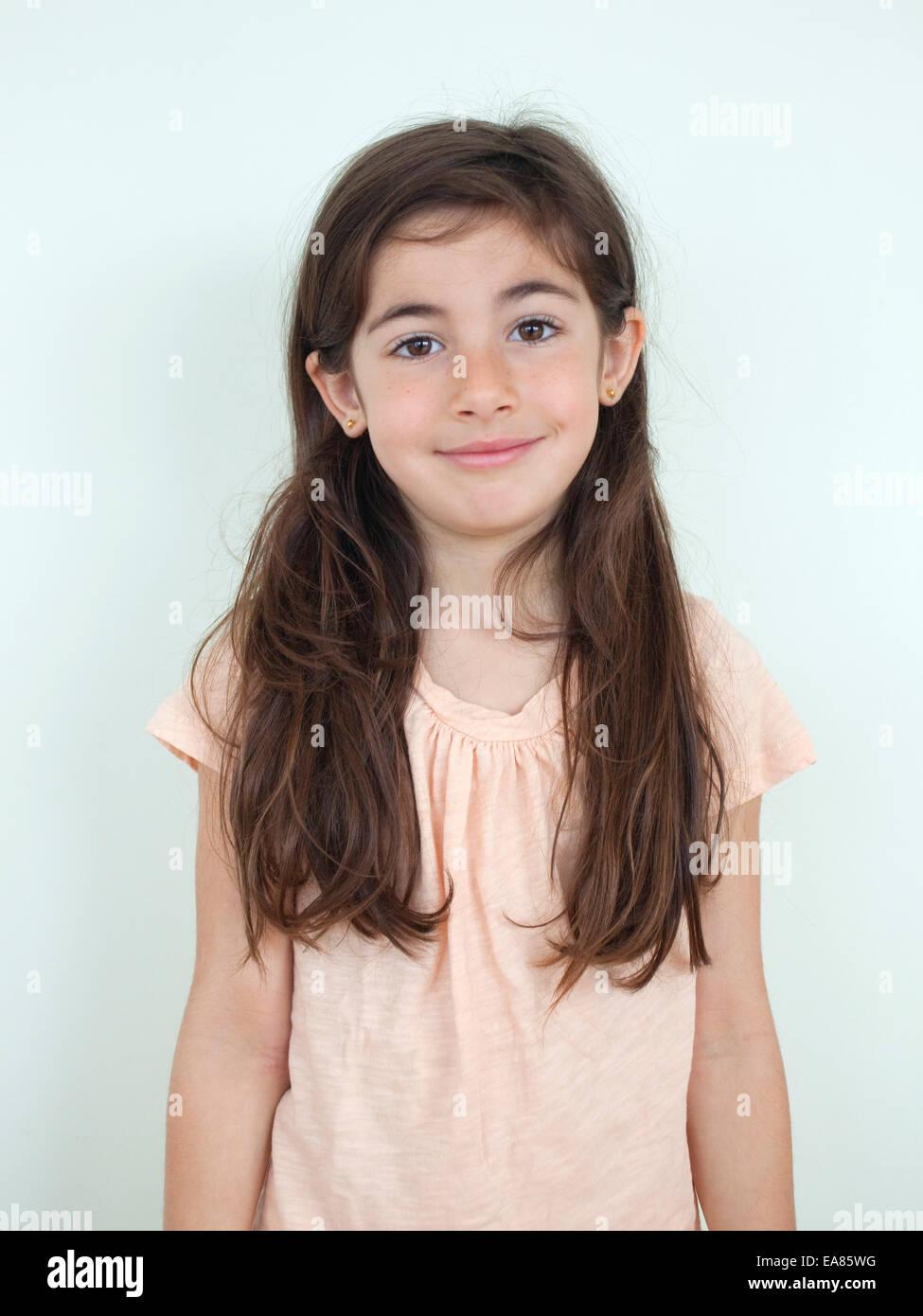 Portrait de jeune fille de 7 ans Photo Stock