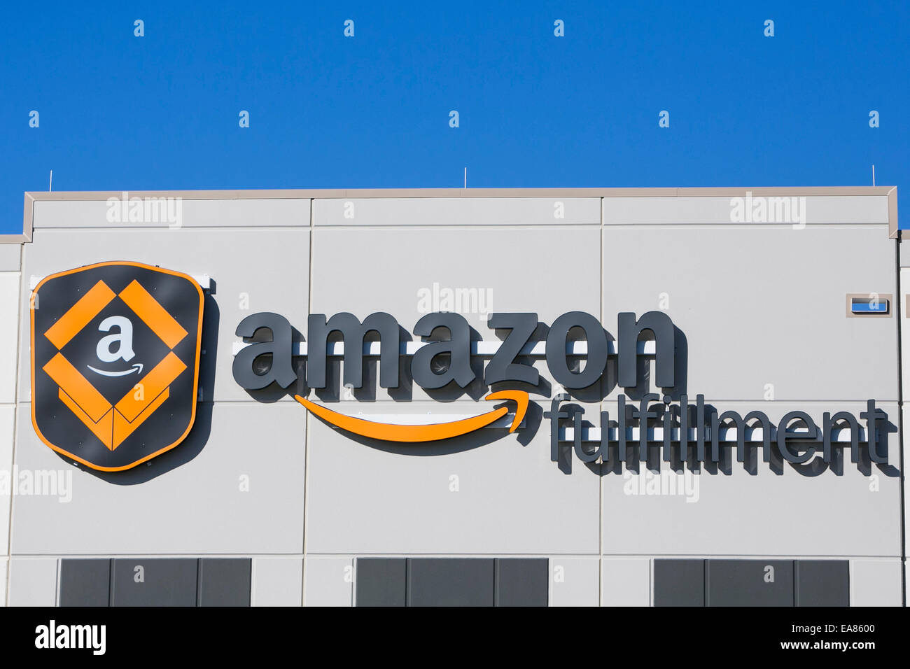 Un centre de réalisation d'Amazon.com à Chester, en Virginie. Photo Stock