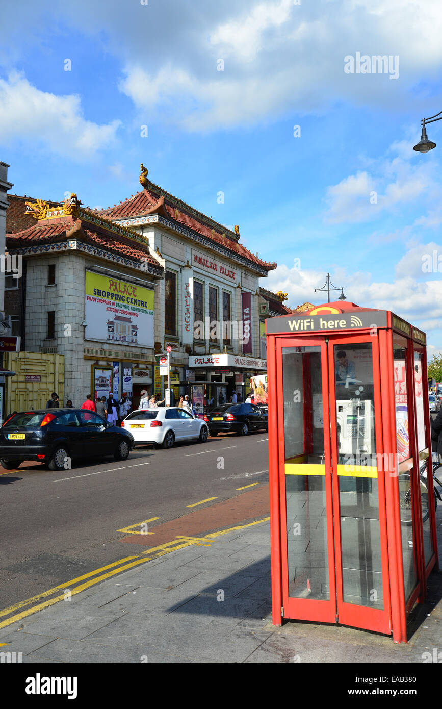 Palais de l'Himalaya, cinéma South Road, Hounslow, London Borough of Ealing, Greater London, Angleterre, Photo Stock
