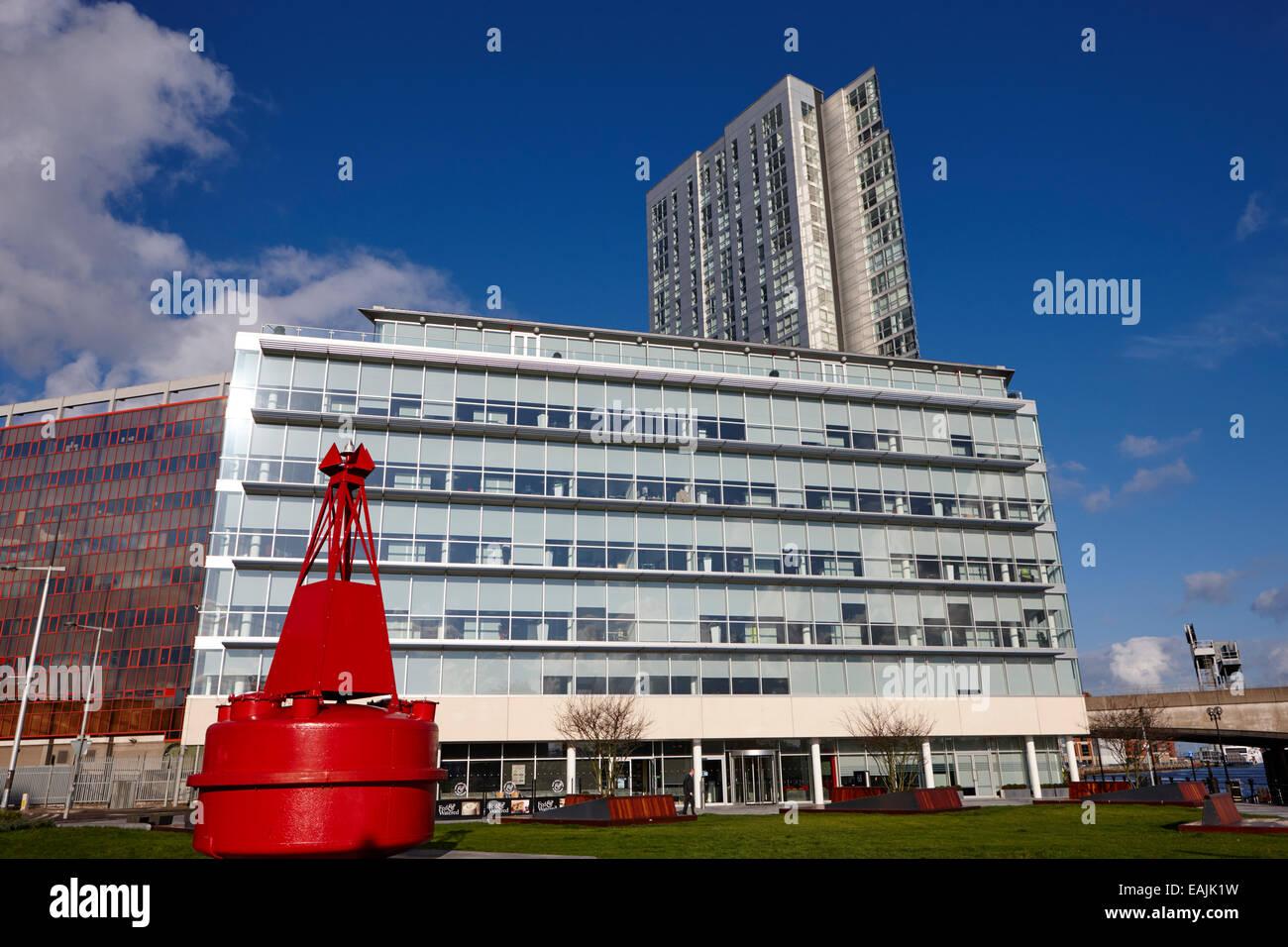 La tour de bureaux de l'Obel et Allen et overy donegall quay Irlande du Nord Belfast Banque D'Images