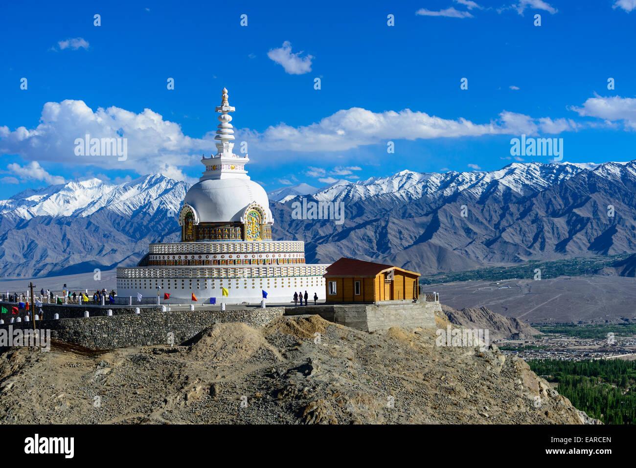 Shanti Stupa, Leh, Ladakh, Jammu Cachemire und, Indien, le Ladakh, le Jammu-et-Cachemire, l'Inde Photo Stock