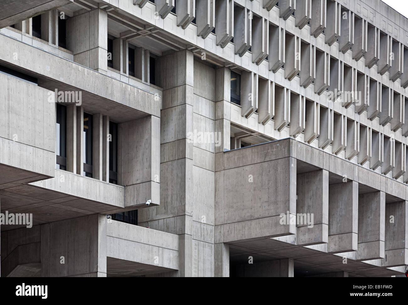 Des détails architecturaux en béton sur Boston City Hall Photo Stock