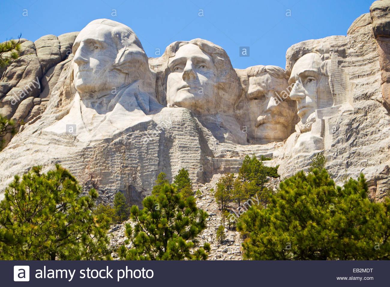 Low angle view of la images sculptées de présidents américains Washington, Jefferson, Theodore Roosevelt, Photo Stock