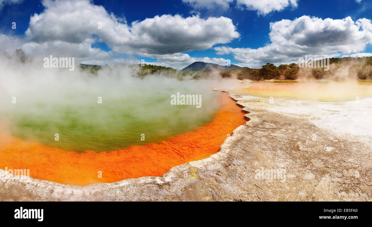 Champagne Pool, source thermale chaude, Rotorua, Nouvelle-Zélande Photo Stock