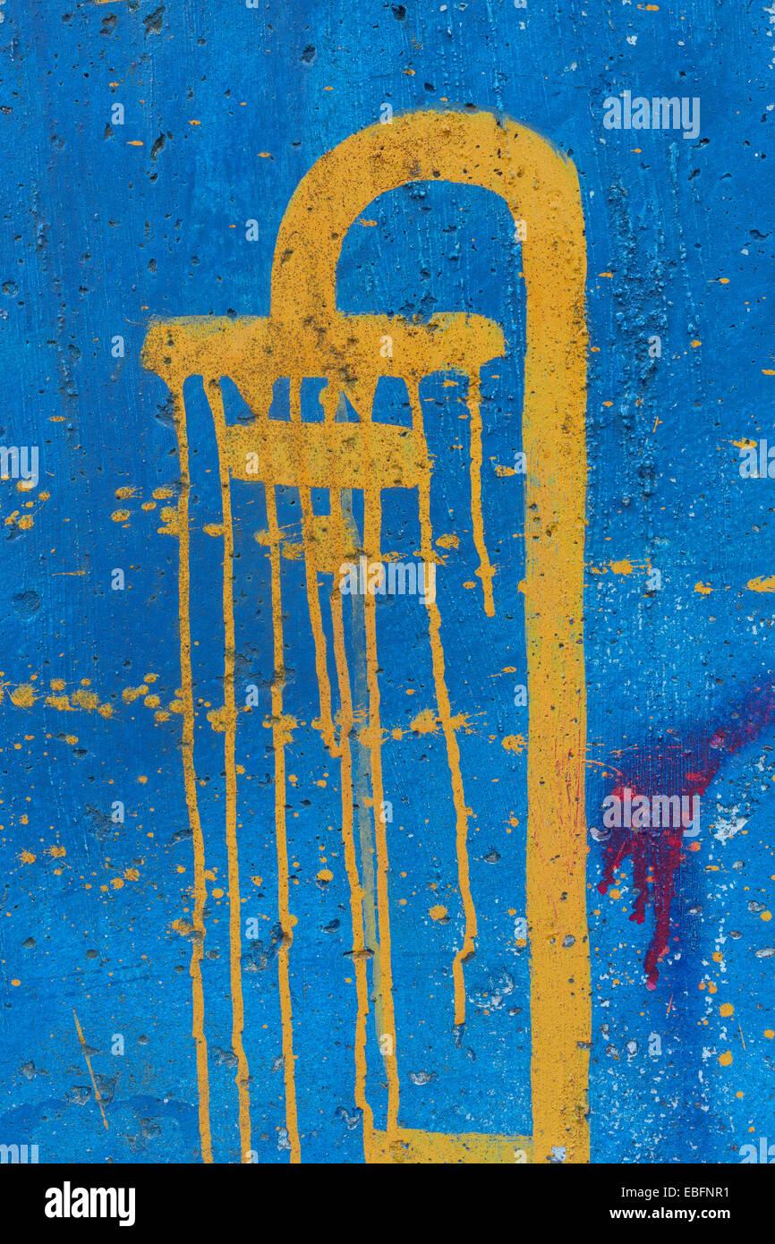 Douche Peinture Sur Mur Bleu Banque D Images Photo Stock