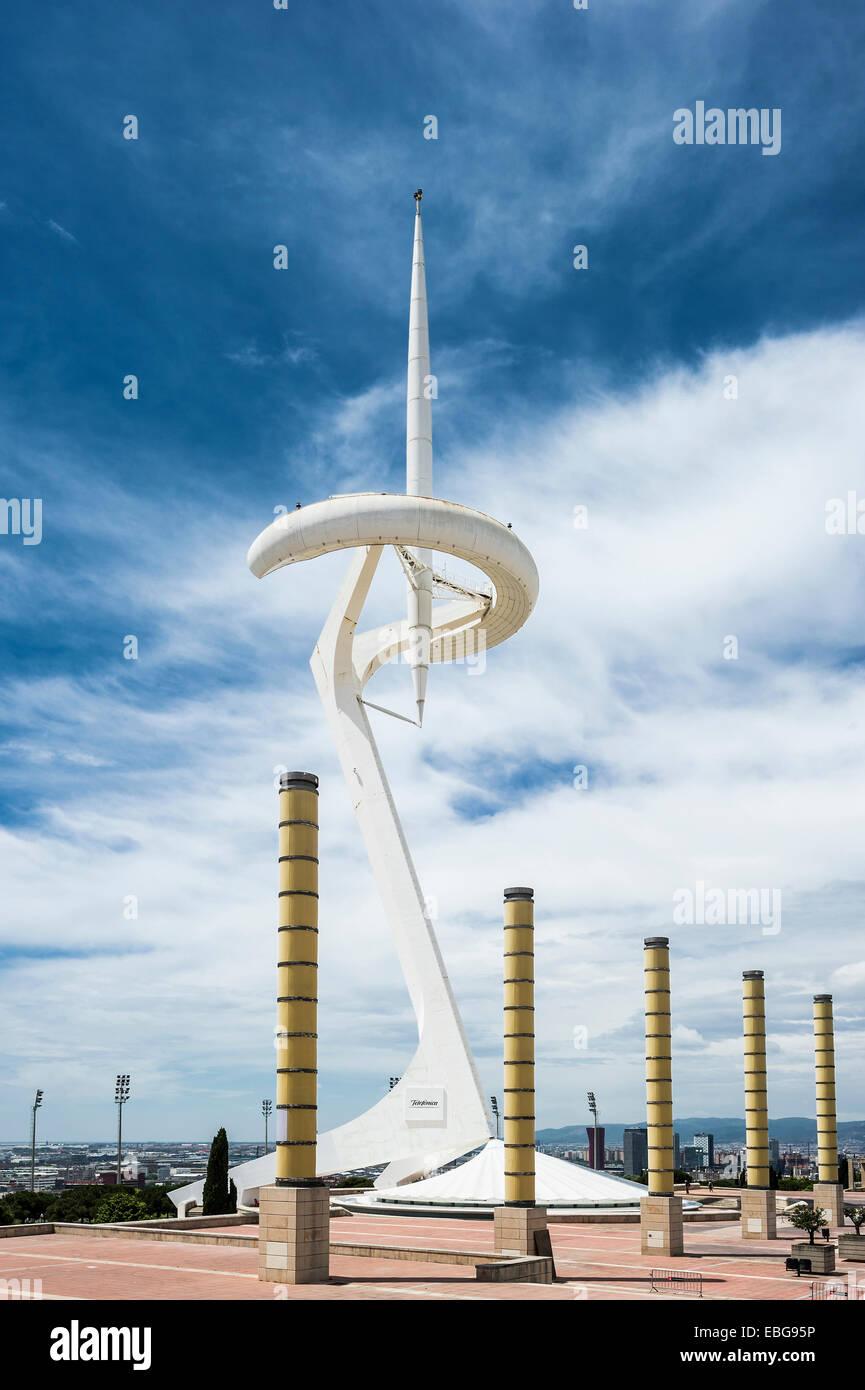 Lampes et tour de transmission, par l'architecte Santiago Calatrava, quartier olympique, Montjuïc, Barcelone, Photo Stock