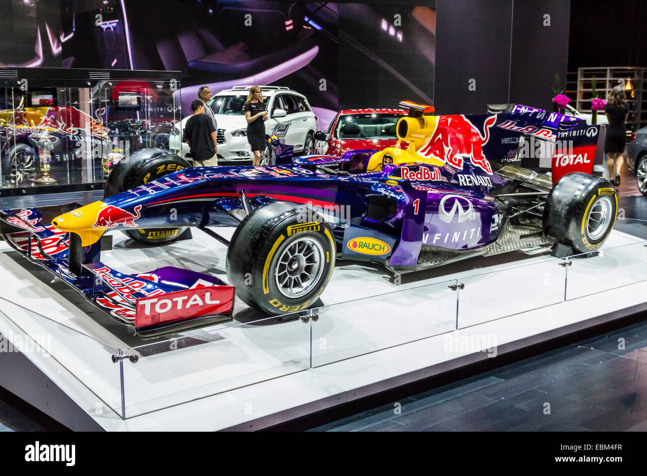 une voiture de formule 1 red bull l 39 infinity au 2014 los angeles auto show banque d 39 images. Black Bedroom Furniture Sets. Home Design Ideas