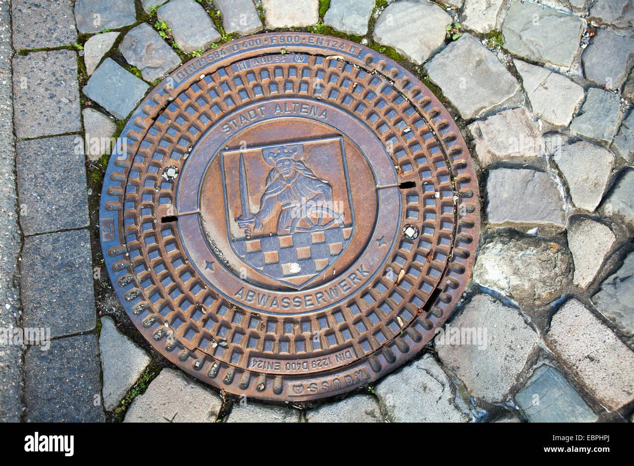 D'égoût, Altena, Lennetal, Maerkischer Kreis, Sauerland, Rhénanie du Nord-Westphalie, Allemagne, Photo Stock