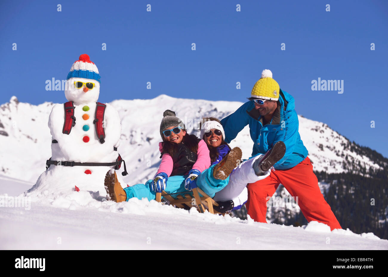Famille à sports d'hiver, France Photo Stock