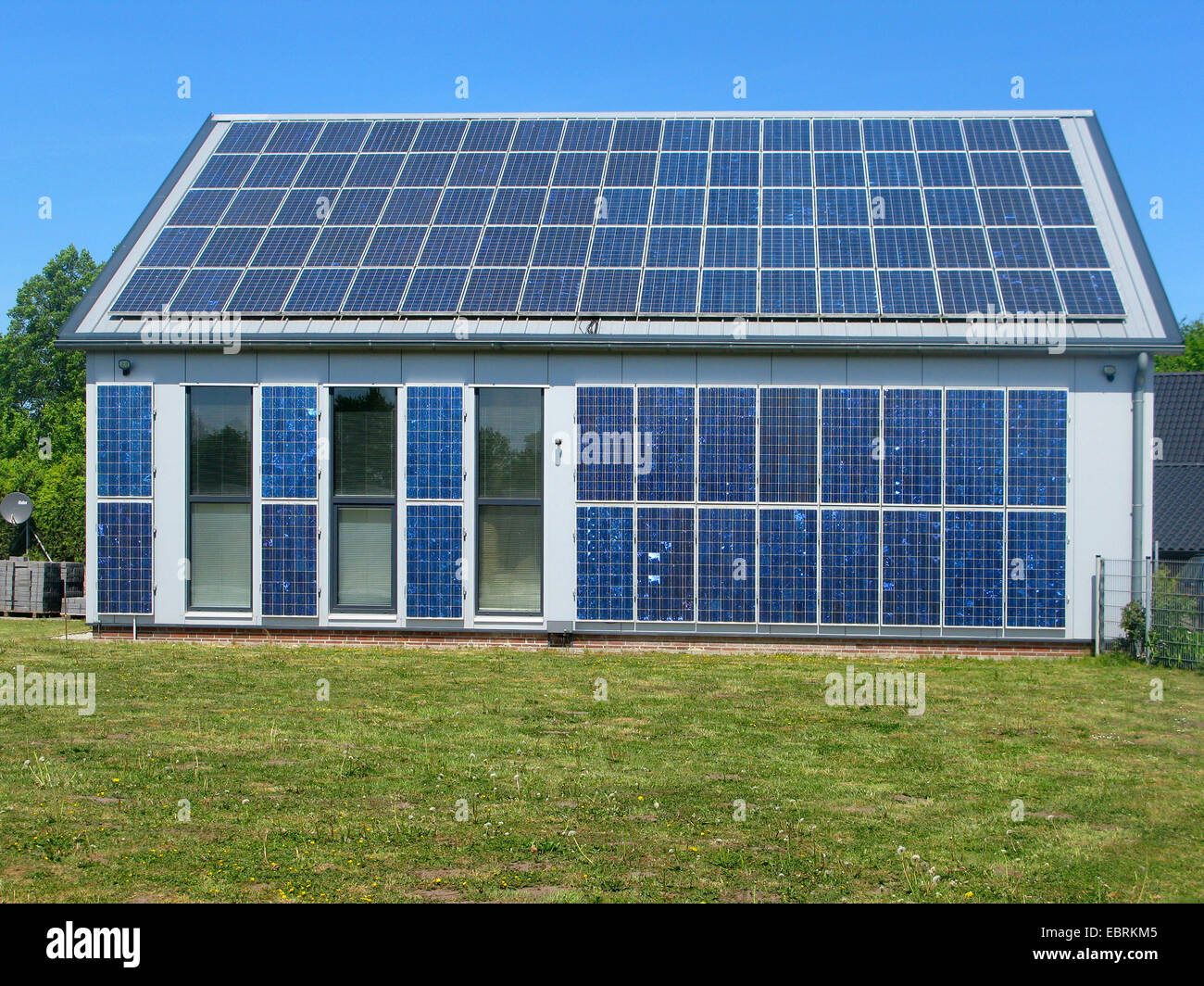 energie solaire maison individuelle ventana blog. Black Bedroom Furniture Sets. Home Design Ideas