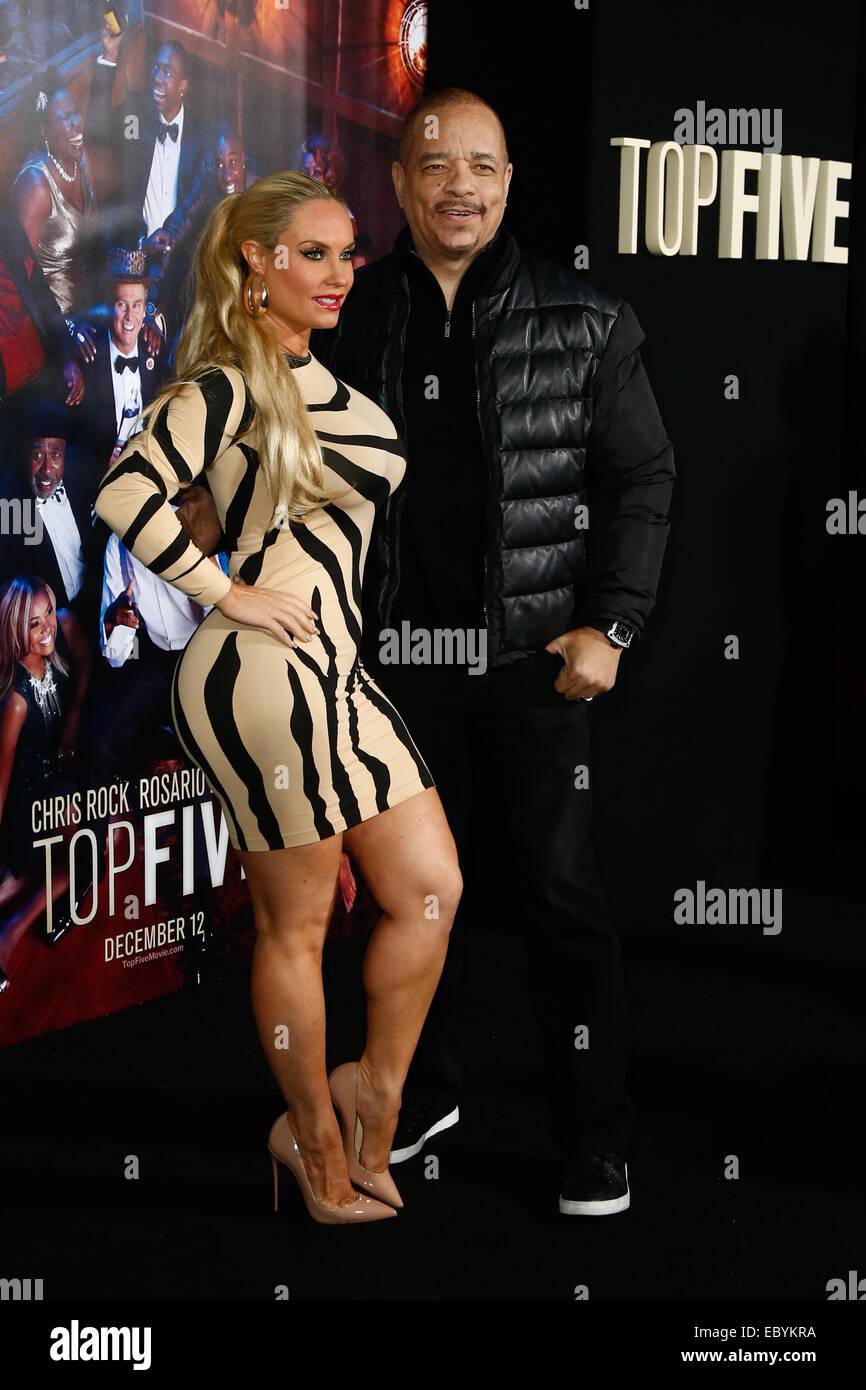 NEW YORK-déc 3: Acteur Ice-T (R) et sa femme CoCo Austin assister à la 'Top cinq' première Photo Stock