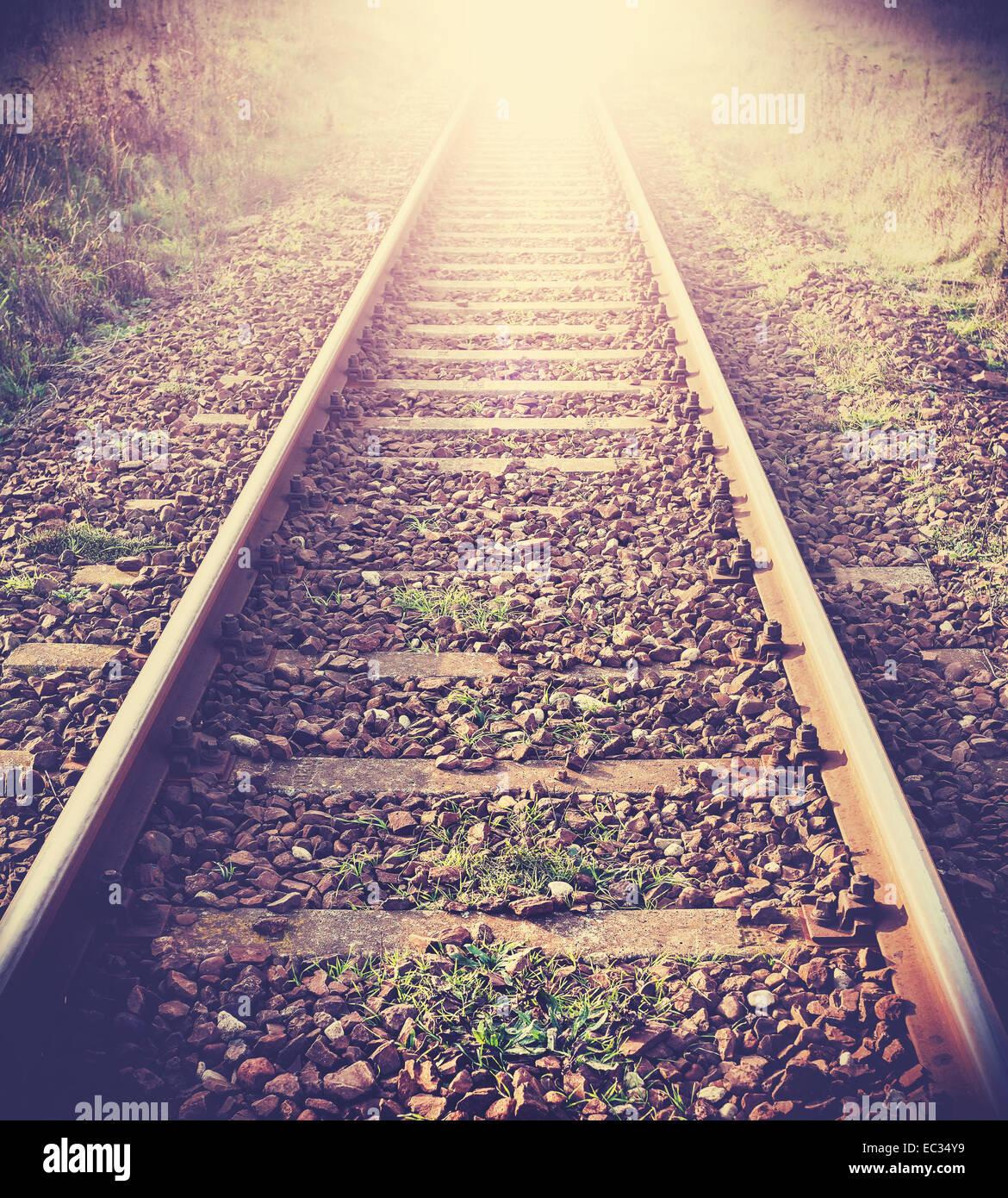 Vintage photo filtrée de voies de chemin de fer. Photo Stock