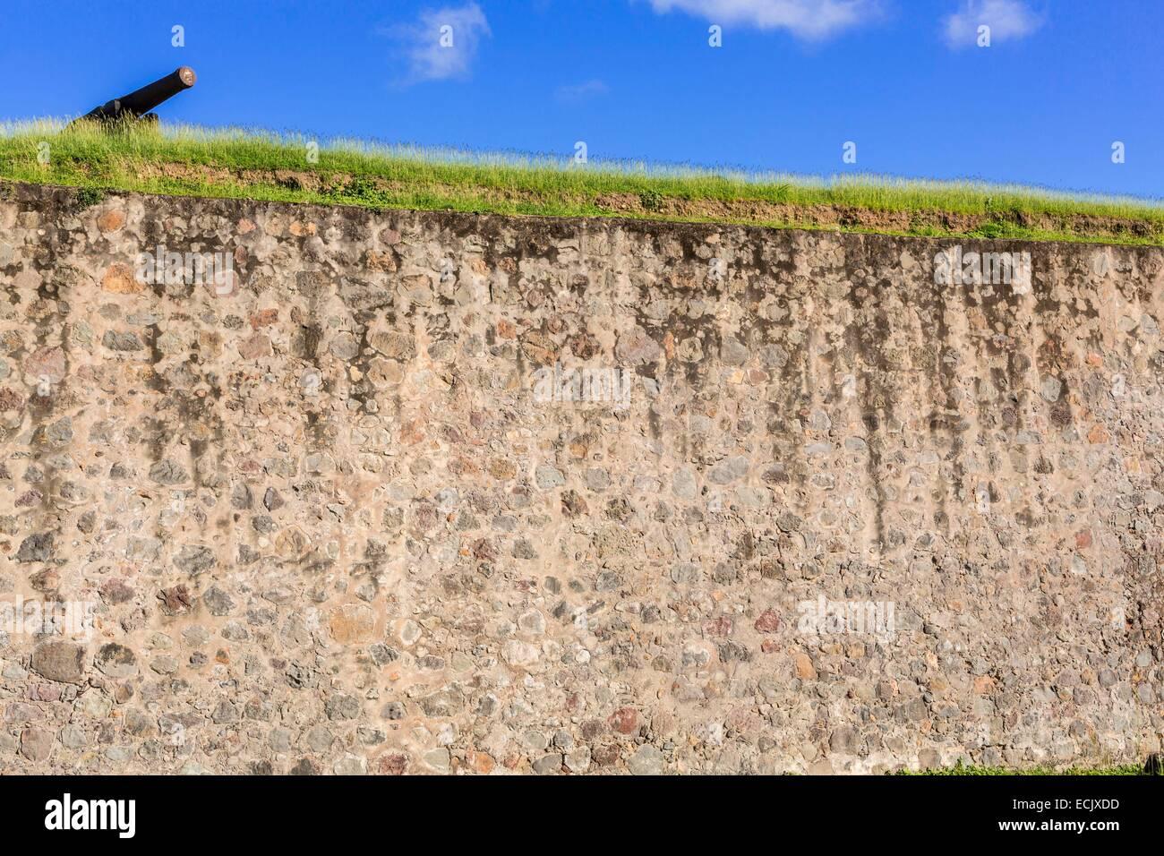 La France, Guadeloupe, Basse-terre, fort Delgres anciennement Fort Saint Charles (classé monument historique en 1977) a été fondée au 17ème siècle mais a été considérablement modifié au xviiie siècle sur les fortifications de Canon Banque D'Images