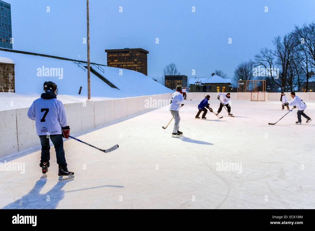 Le Canada, la province du Québec, au Québec, le hockey sur glace, le centre de la vieille ville inscrite Photo Stock