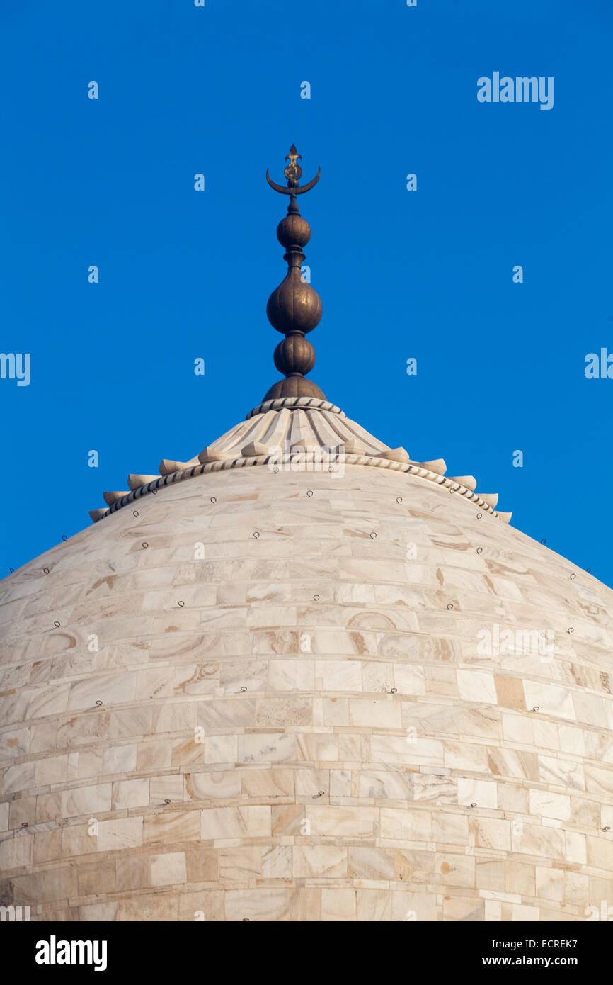 Le Taj (connu sous le nom de Taj Mahal) - Embout , un mausolée en marbre blanc situé à Agra, Uttar Photo Stock