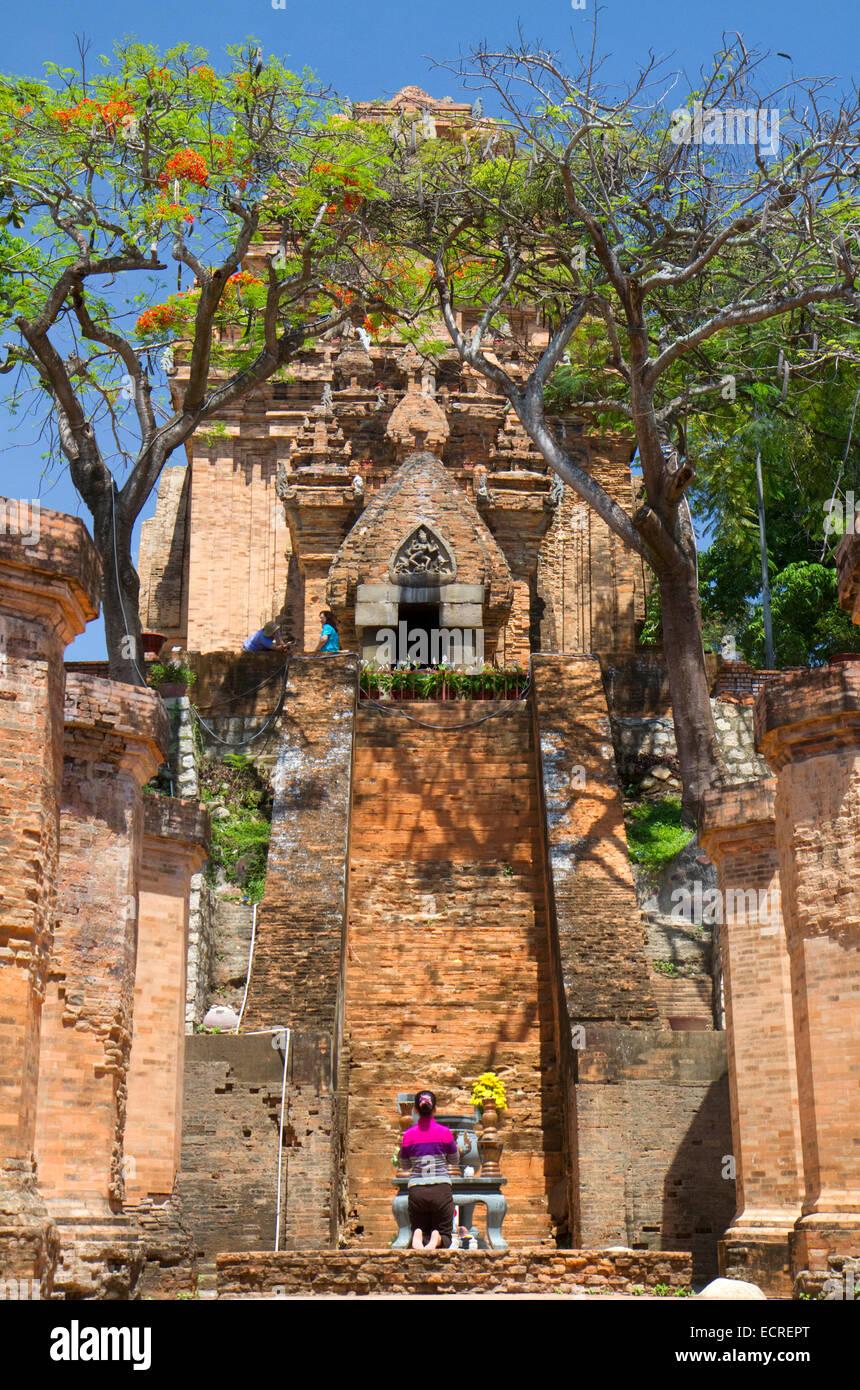 Po Nagar Cham tower est un temple situé dans la cité médiévale de Kauthara près de Nha Photo Stock