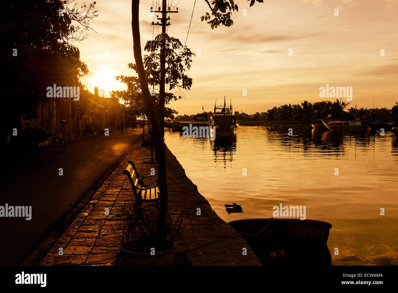 Tôt le matin jusqu'à la rivière Thu Bon, Hoi An Photo Stock