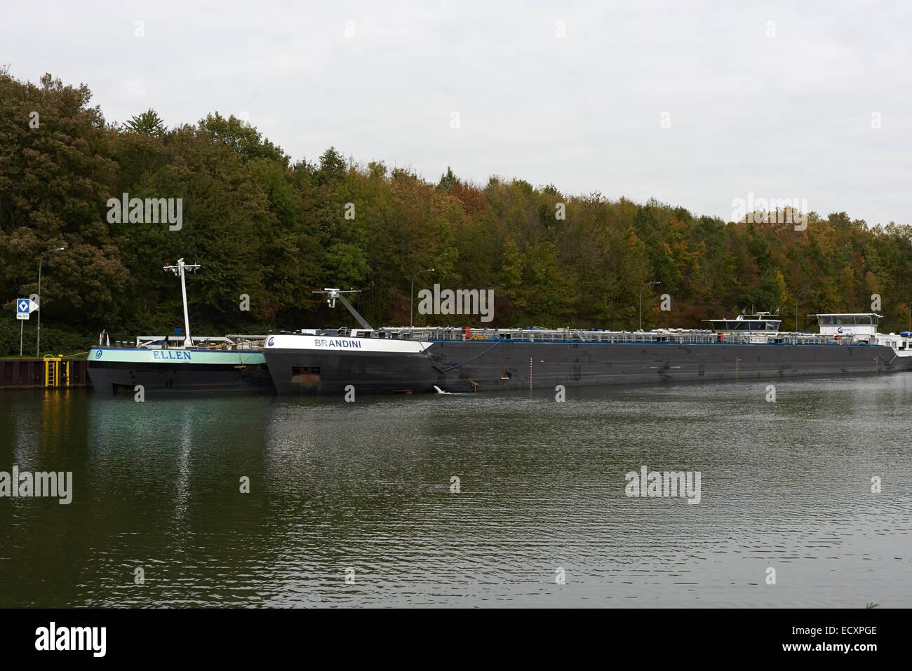Pétroliers la Ruhr Oel GMBH Hafen Gelsenkirchen-Horst Allemagne Banque D'Images