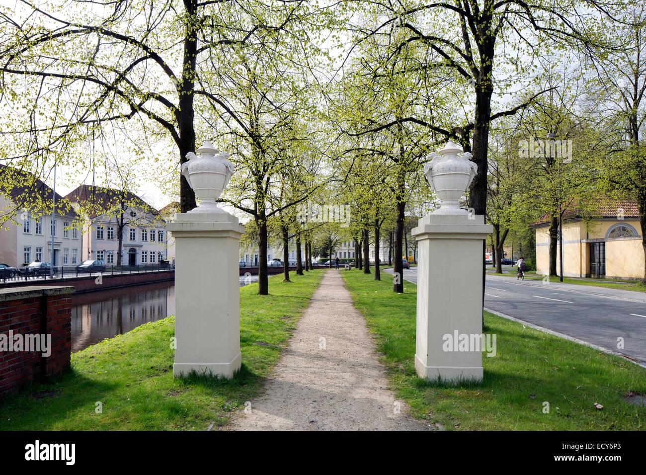 L'article de l'Oldenburg remparts sur Paradewall street, Oldenbourg, Basse-Saxe, Allemagne Photo Stock