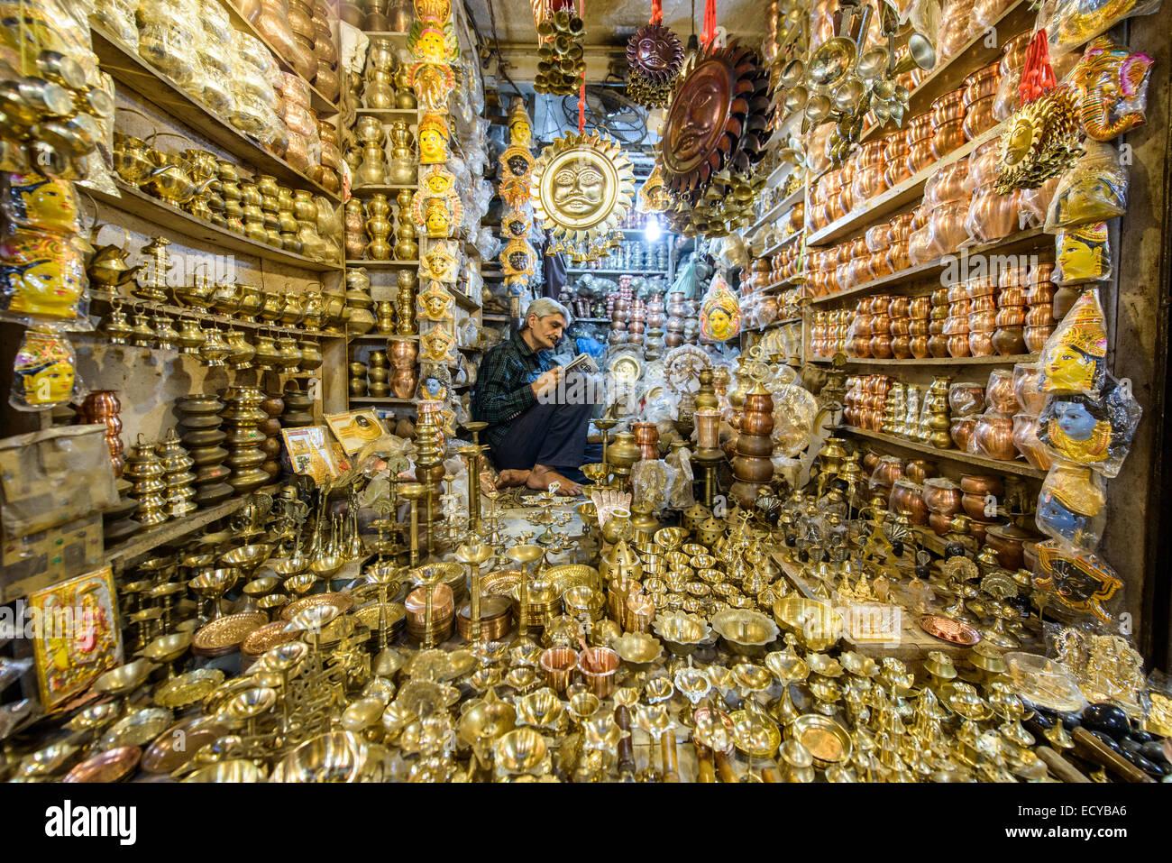 Boutique de souvenirs à Varanasi, Inde Photo Stock