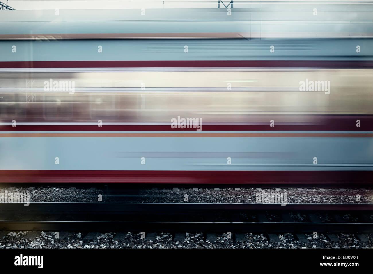 Train en marche avec effet de flou, Chine Photo Stock