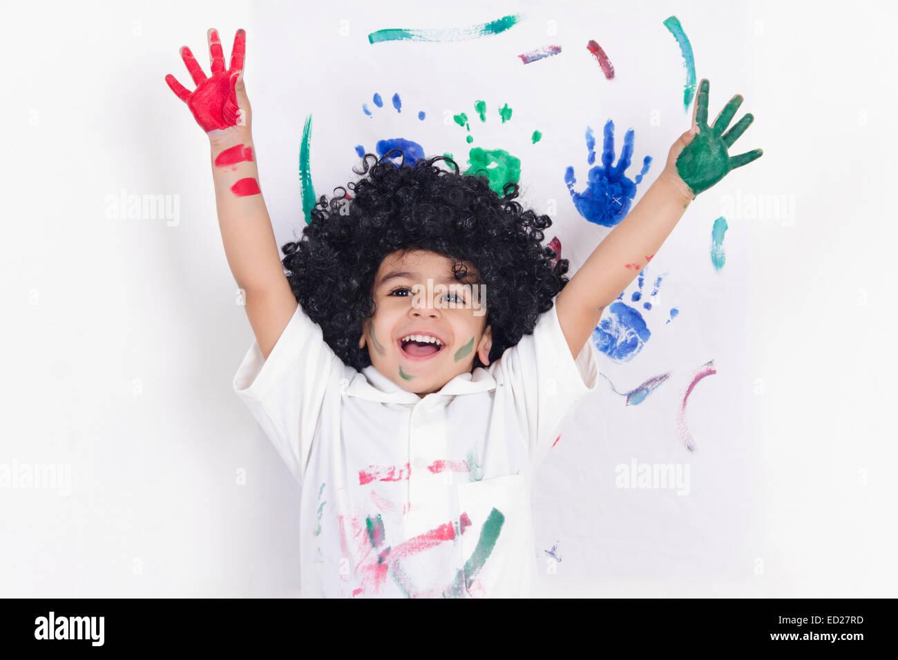 1 garçon enfant indien mur Peinture Banque D'Images