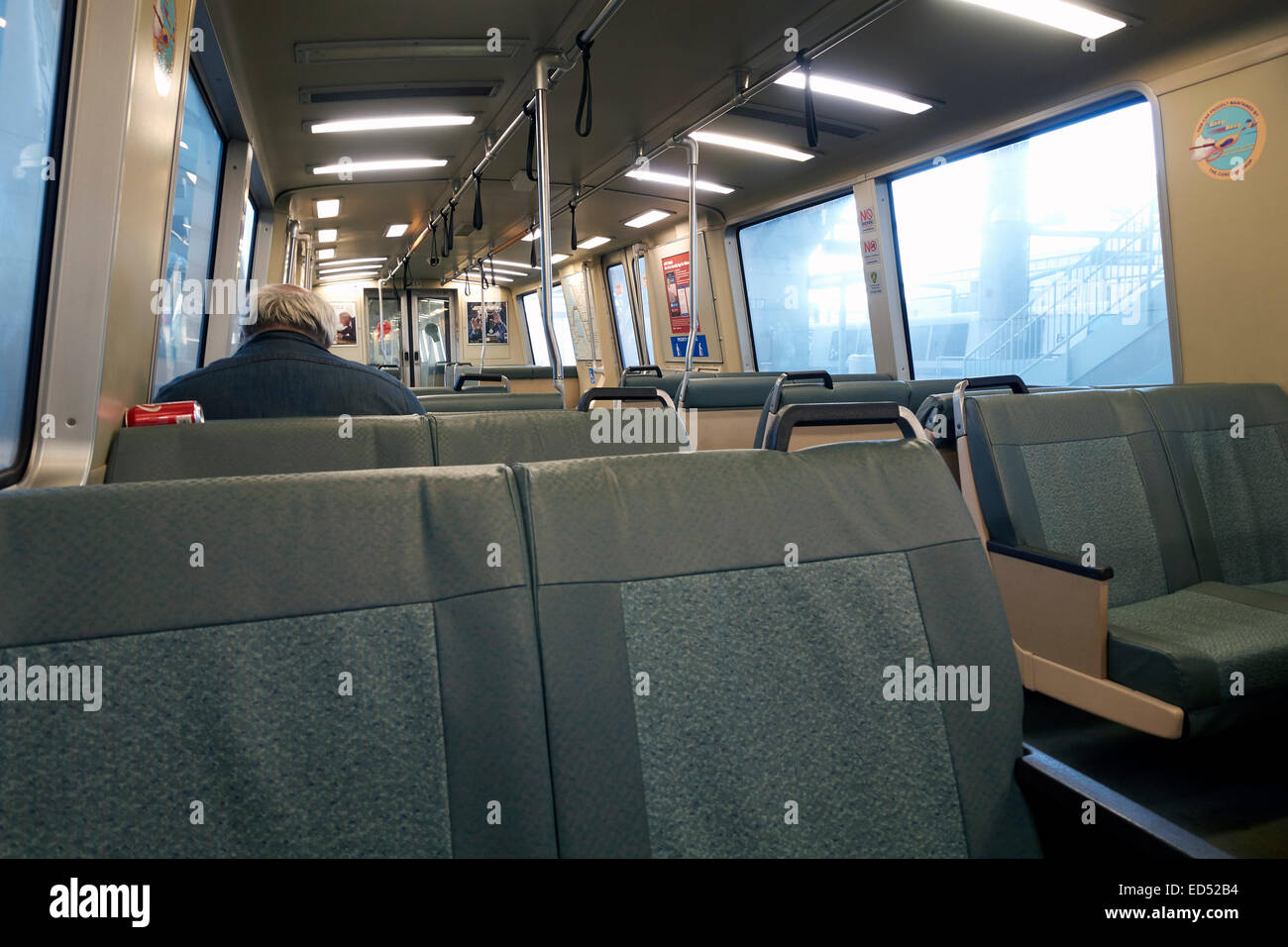 À l\'intérieur d\'un Bay Area Rapid Transit (BART) train, California ...