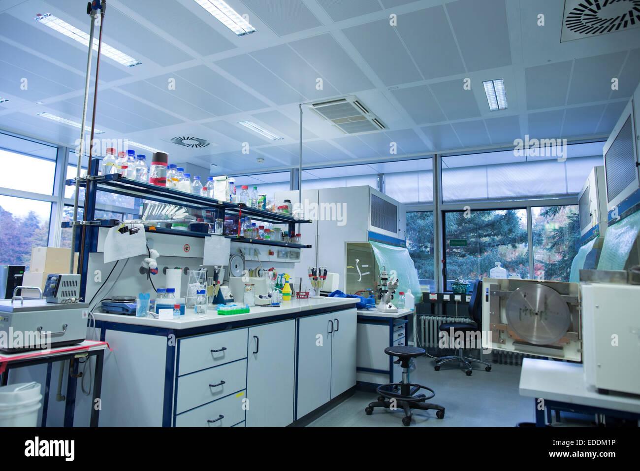 Intérieur d'un laboratoire de biologie Photo Stock