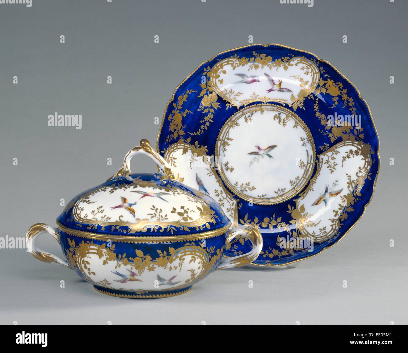 Bol à couvercle et plat (Écuelle ronde et plateau rond); manufacture de porcelaine de Vincennes, Photo Stock