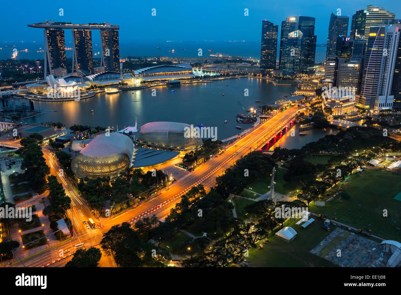 Nuit à Marina Bay, Singapour, en Asie du Sud-Est, l'Asie Photo Stock