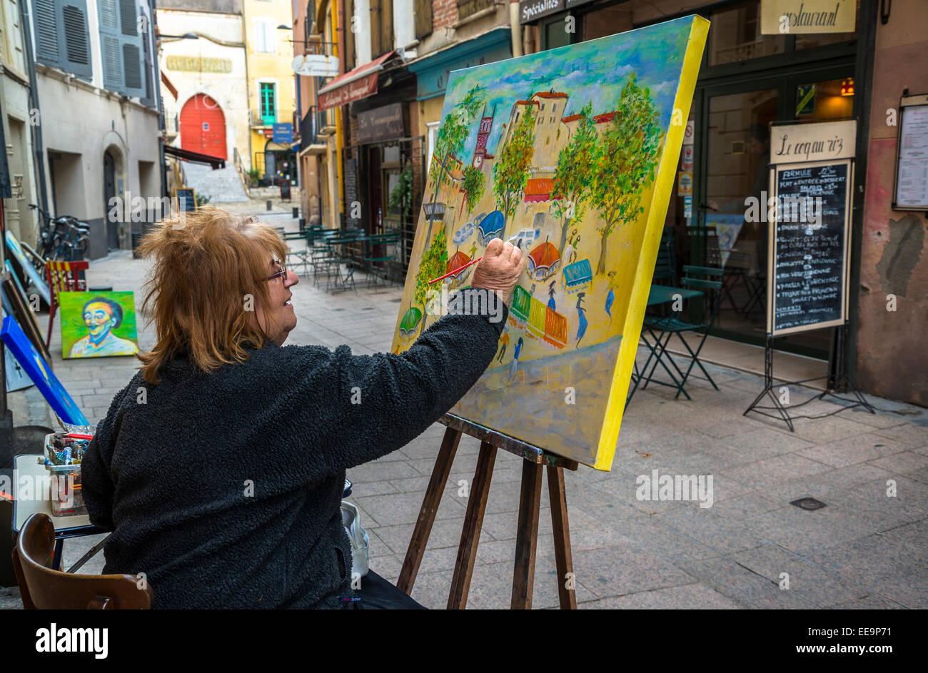 Peinture femme dans la rue, Perpignan, Pyrénées-Orientales, France Photo Stock