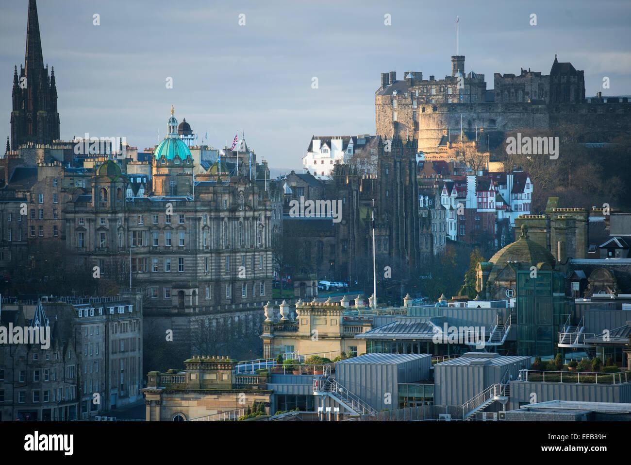 Le Château d'Édimbourg vue de Carlton Hill, Édimbourg, Écosse Photo Stock