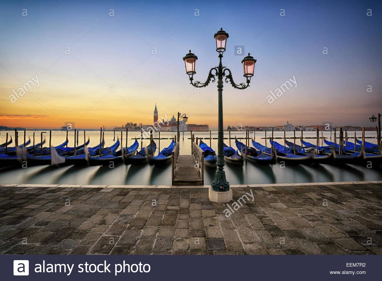 L'Italie, Venise, le lever du soleil en ville Photo Stock