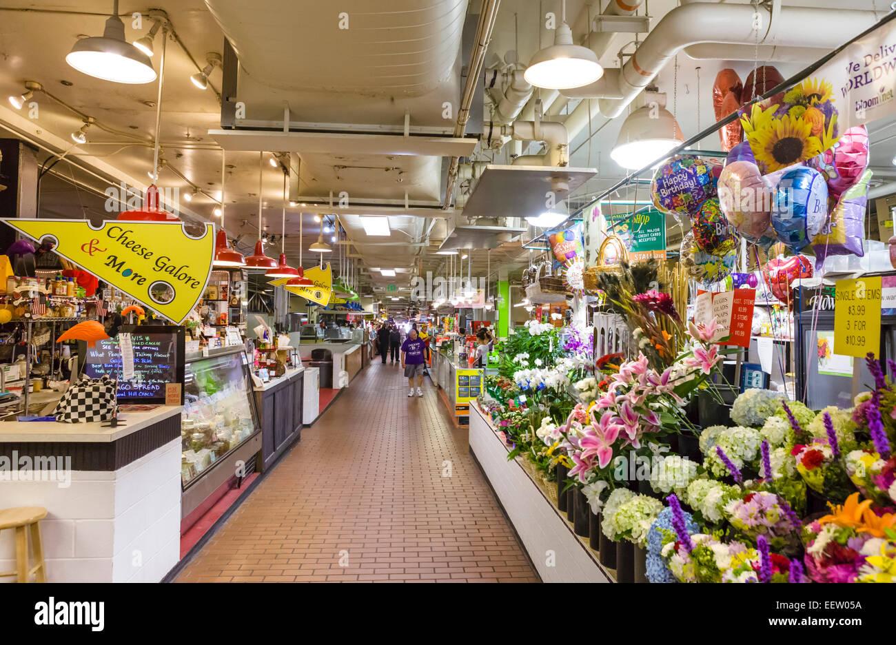 Cross Street Market sur Light Street dans le district fédéral Hill, Baltimore, Maryland, USA Photo Stock