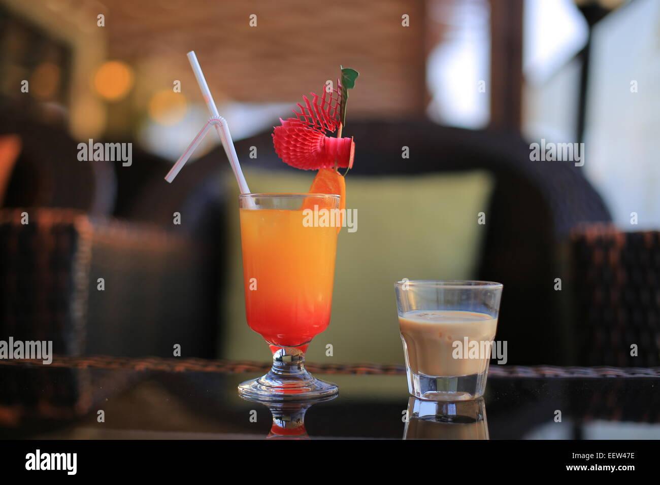 Liqueur Baileys et cocktail Banque D'Images